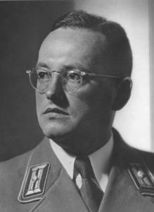 """[Walter Gross (Kassel, 21 de Octubre de 1904 - Berlín, 25 de Abril de 1945), Médico evangélico, de prosapia judía, adscrito al NSDAP en 1925, Colaborador oficial del subdepartamento de """"Sanidad del Pueblo"""" de la """"Dirección nacionalsocialista del Reich"""" alemán desde 1932, fundador y Director, el año siguiente, de la oficina """"Aufklärungsamt für Bevölkerungspolitik und Rassenpflege"""", llamada """"Oficina de política racial del Partido Obrero Nacionalsocialista Alemán"""" en 1934. Diputado del Reichstag, desde 1936, y Director de la Sección de """"Ciencias Naturales"""" de la """"Oficina Rosenberg"""" ( """"Amt Rosenberg"""") . Murió víctima del asalto soviético de Berlín. Bibliografía: Ver en https://portal.dnb.de/opac.htm?query=116869437&method=simpleSearch ; https://archive.org/details/Gross-Walter-Der-deutsche-Rassengedanke-in-der-Welt ; https://archive.org/stream/WeltanschauungUndRassenhygiene1934/GrossWalter-WeltanschauungUndRassenhygieneum193433S.ScanFraktur#page/n0/mode/2up; etc. . Las citas son aquí reportadas con interés de pura investigación científica, o de pura información sobre lo que antes de ser criticado ha de ser conocido. ]"""