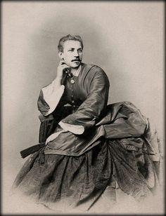 """Magnus Hirschfeld als Magna """"Hirsche""""."""
