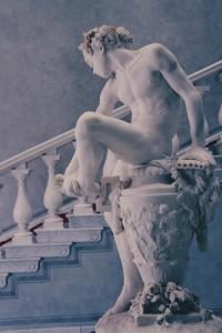 """Gustav Heinrich Eberlein, """"Dornauszieher"""", 1866, hoy en un museo de Berlín. Escultura perfecta en todos los sentidos y en todos los aspectos."""