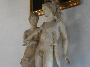 Venere e Marte, scultura romana del sec.II (inizio), marmo greco, (part.) – Firenze, Galleria degli Uffizi – foto di Rendel Simont