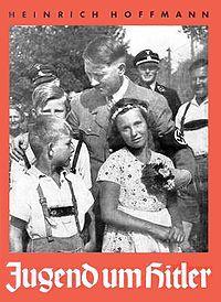 """¿Igualdad? ¿Iguales? ¿Desiguales y esta otra juventud es la desviada, la intransigente, la maleducada, la """"sexualmente reprimida"""", """"sumida en la obscuridad de la dictadura y el totalitarismo genocida? ¡No pasareis, oh corruptores, calumniadores, injuriadores, odiadores, fomentadores del odio y la guerra, hipócritas, """"junts pel si"""" a la ruina de los pueblos."""